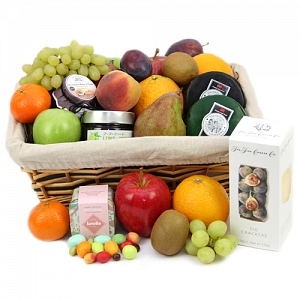 Tuscany Treat Fruit Hamper