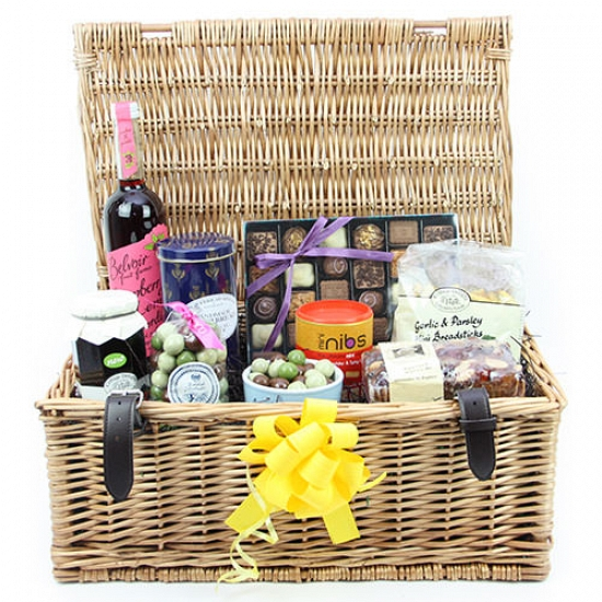 MetroPole Party Hamper Delivery to UK